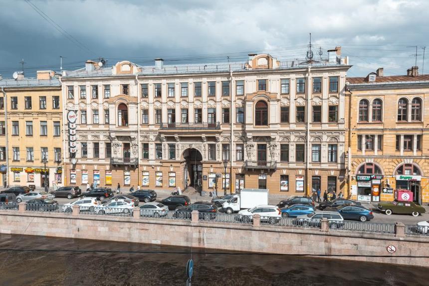 Кипящая крыша - канал Грибоедова 24