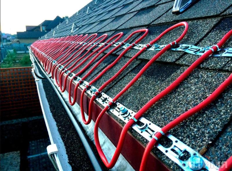 Нагревательный кабель на крыше