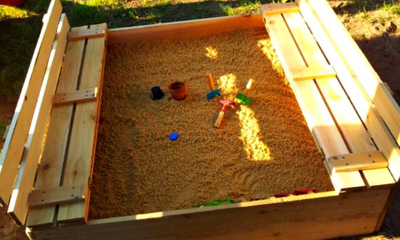 Песочница с крышкой своими руками