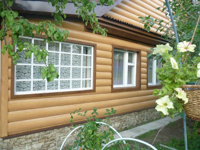 Фасад, обновленный блок-хаусом