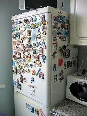 Магнит на холодильнике