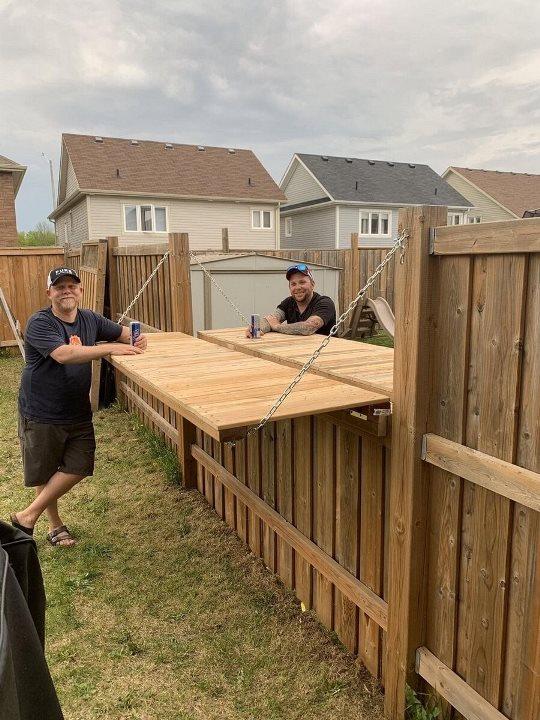 Забор с соседями по даче