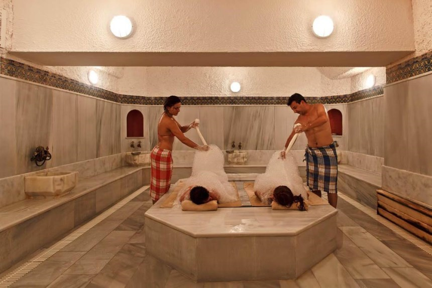 В турецкой бане