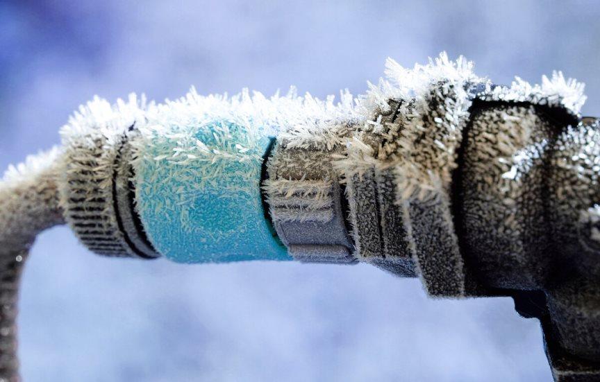 Греющий кабель, чтобы не замерз водопровод