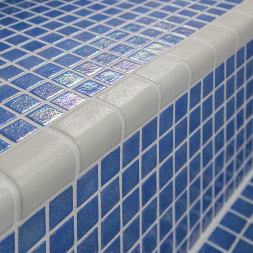 Керамический уголок на плитке